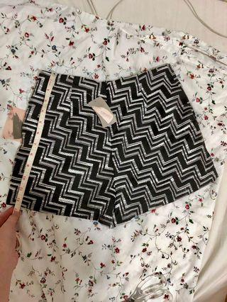 BNEW Forever21 Shorts XS aztec