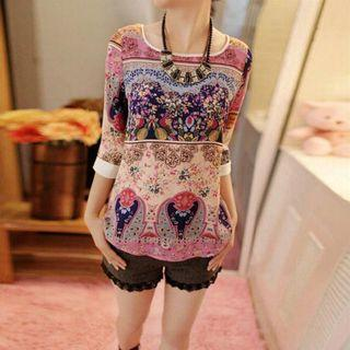 Women Three Quarter Floral Blouse. New