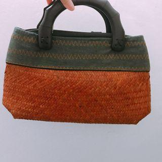 Handbag (Traditional)