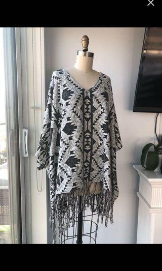 H&M Poncho Sweater Size Large