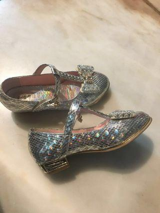 Cinderella shoes size 33