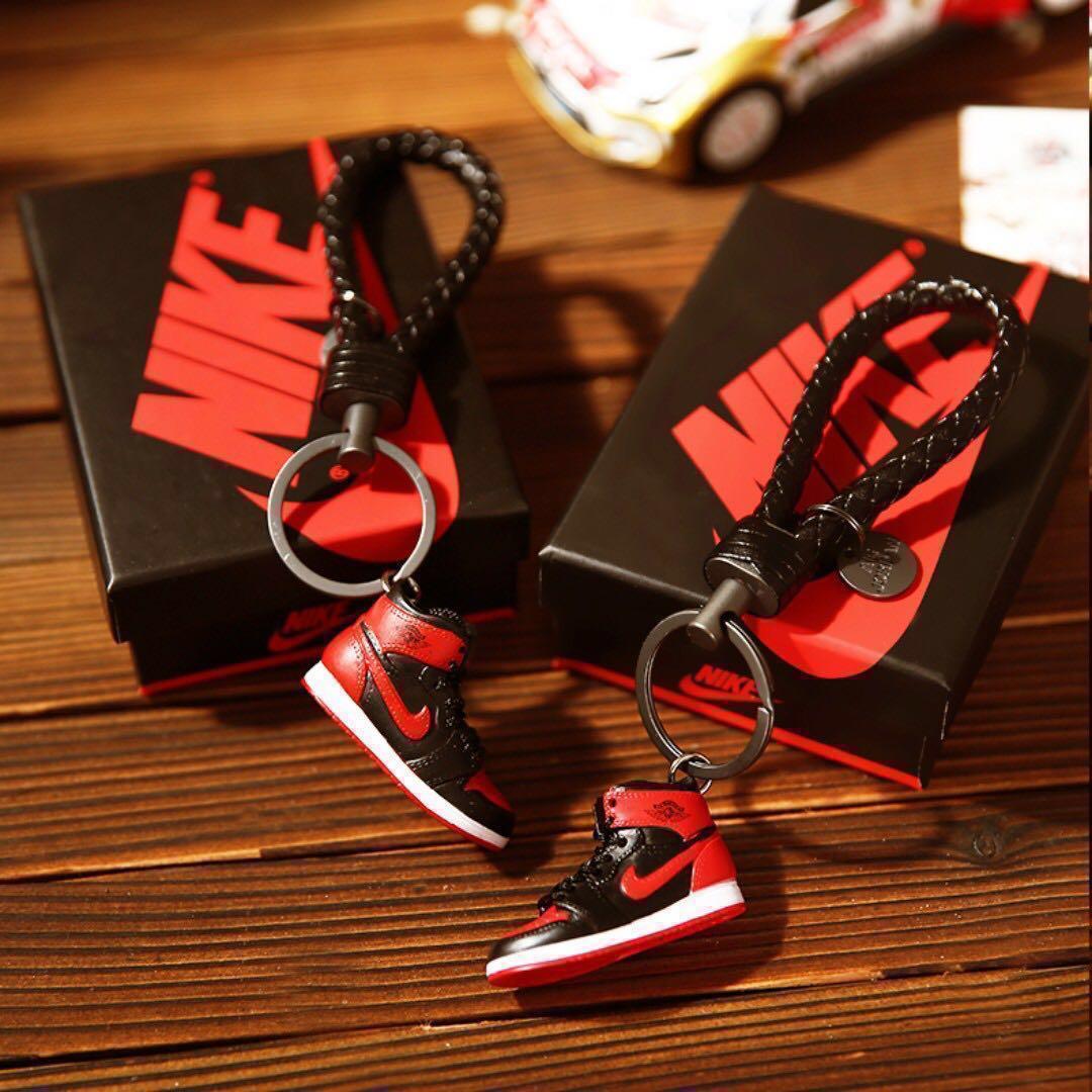 check out c1b78 8c15d Air Jordan 1 Sneakers Keychain   Mini Sneakers, Men s Fashion ...