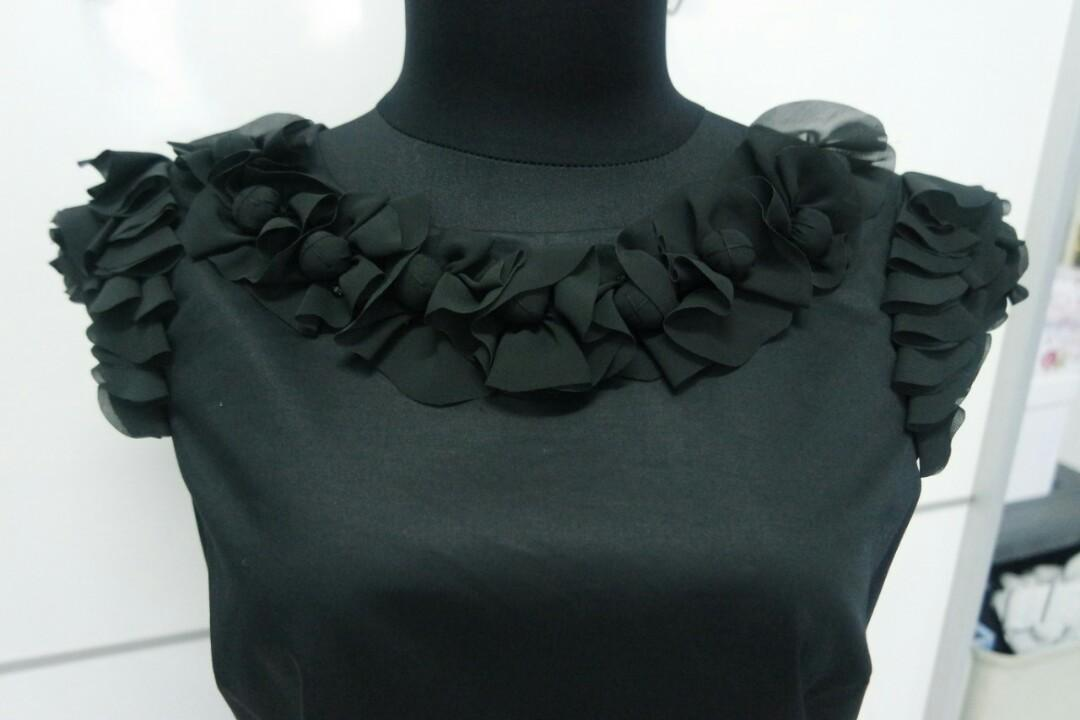 Black midi dress pesta Belle by Oasis
