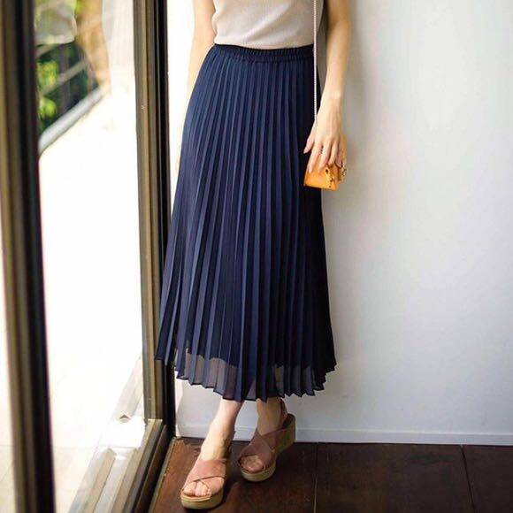 591a918c19 BLACK Uniqlo Midi Pleated Skirt, Women's Fashion, Clothes, Dresses ...