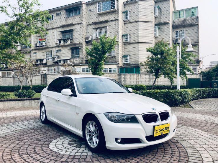 BMW 320i 2010 2.0 白