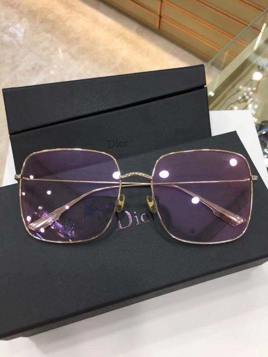 302e5f8f89378 Home · Women s Fashion · Accessories · Eyewear   Sunglasses. photo photo ...