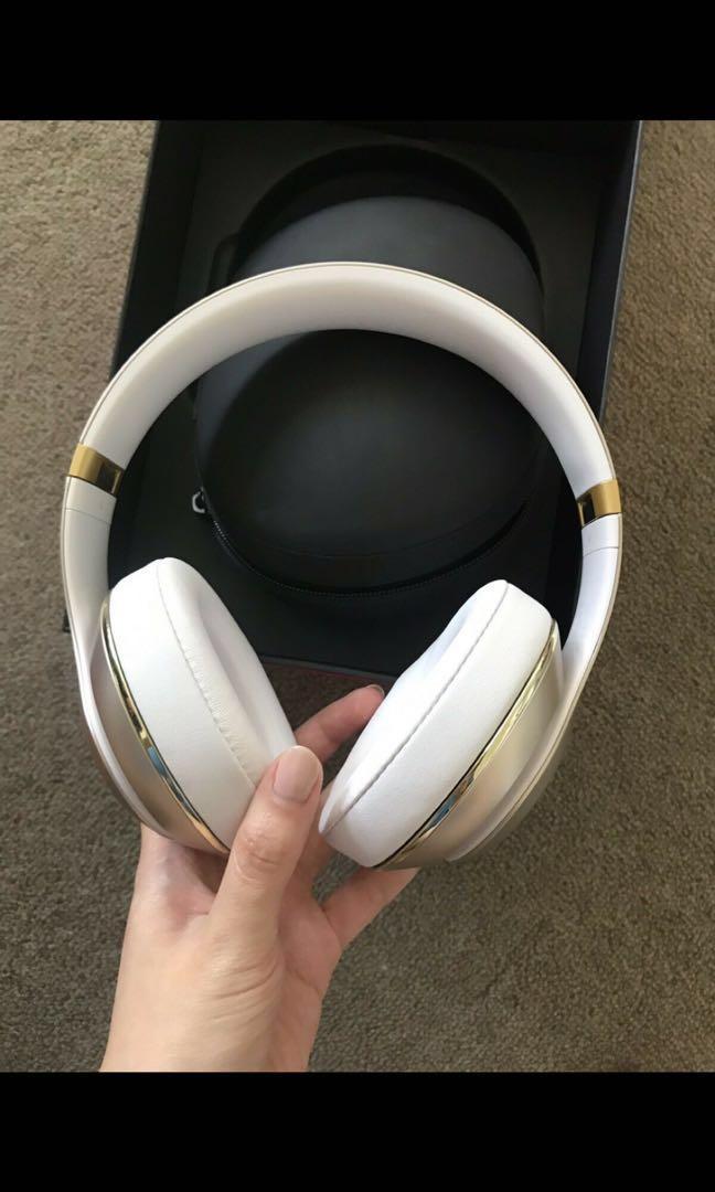 Headphone - Beats by Dre Studio Wireless Gold Edition