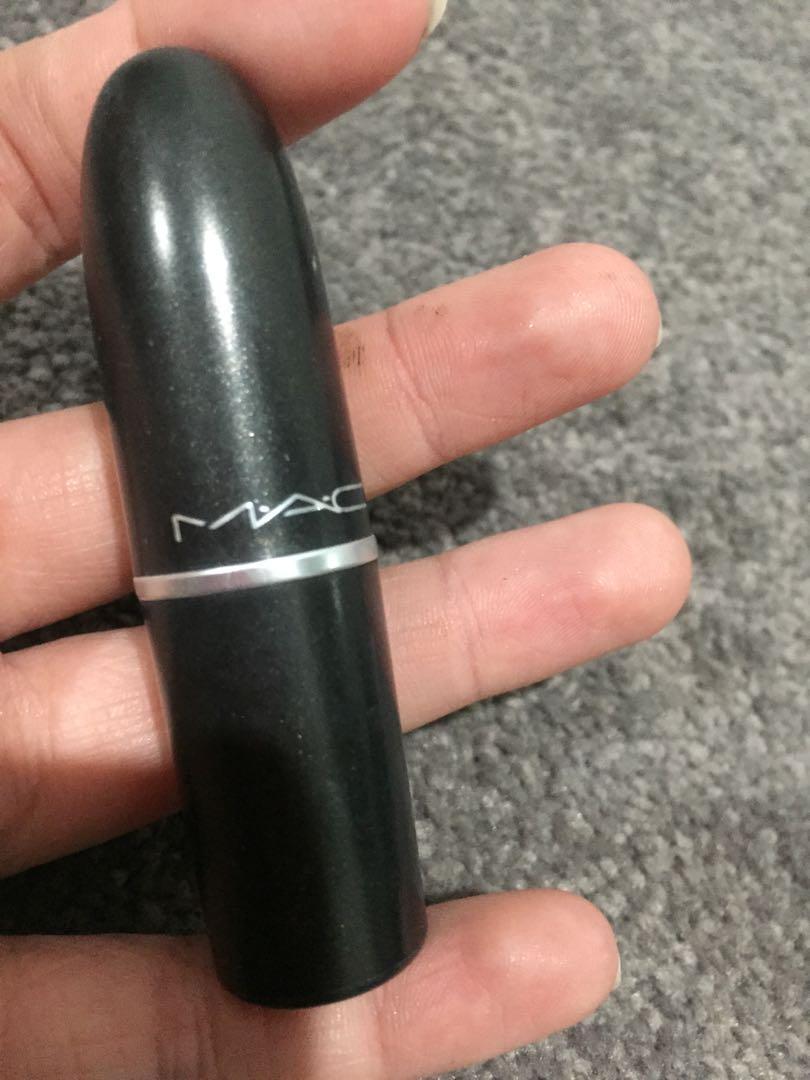 Mac dark side lipstick