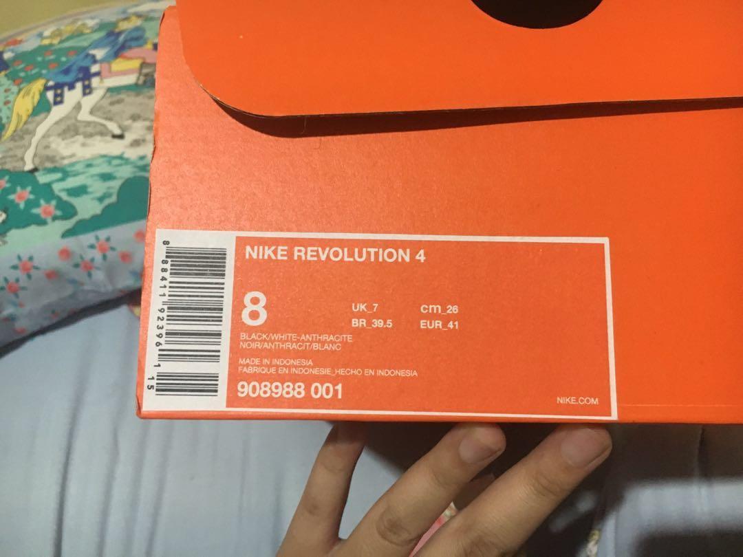 [ORIGINAL, NEW IN BOX] NIKE REVOLUTION 4 BLACK