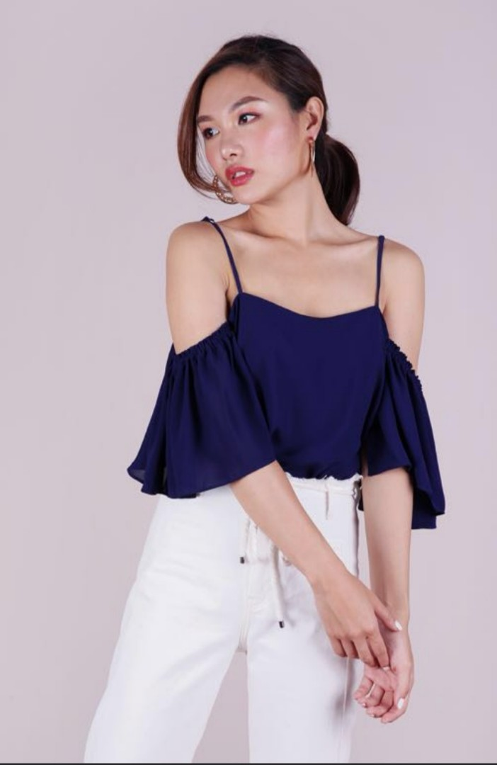 589d3f24c1e933 The Tinsel Rack navy cold shoulder Top, Women's Fashion, Clothes, Tops on  Carousell