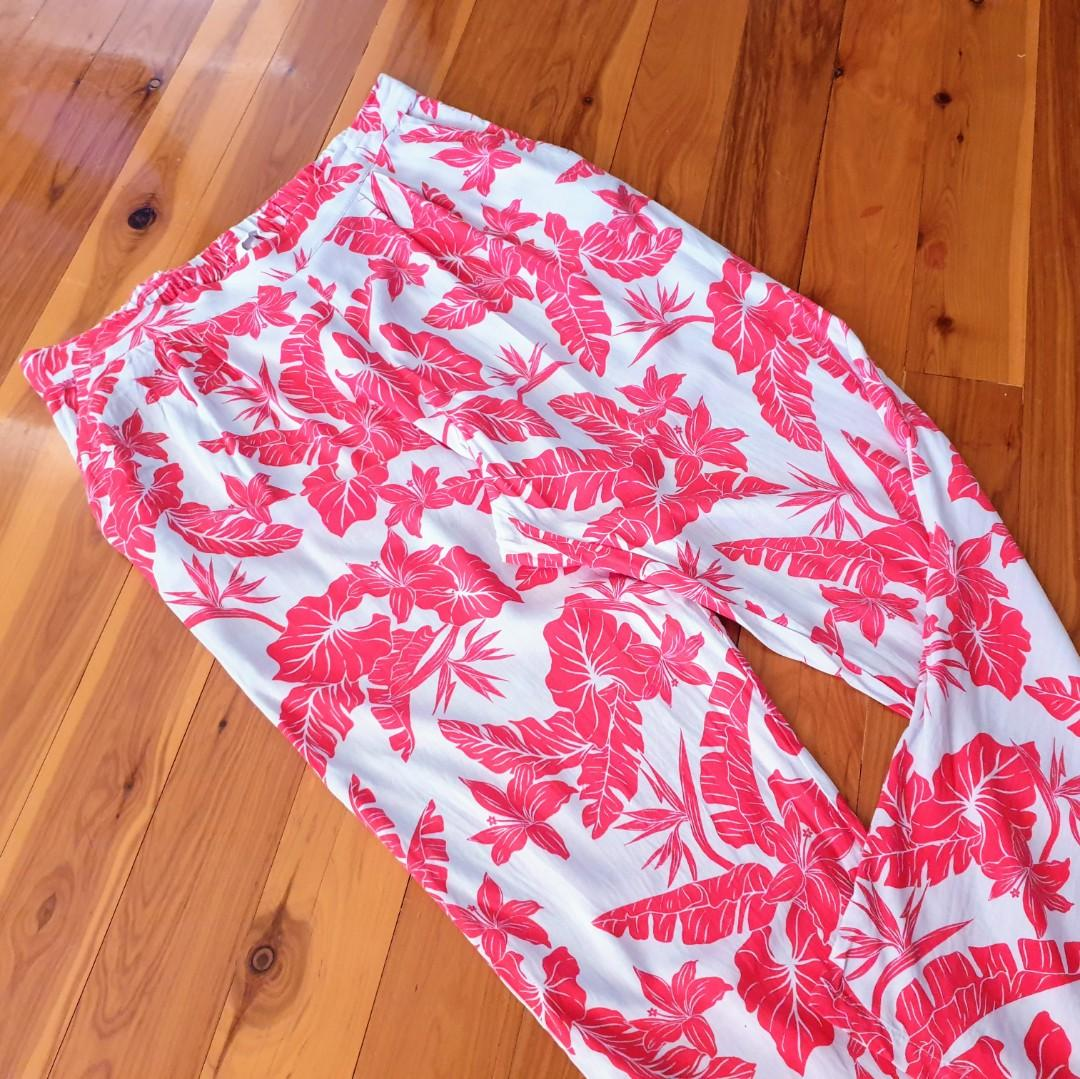 Women's size 12 'H&M' Gorgeous grey and pink floral print drop crotch pants - BNWOT