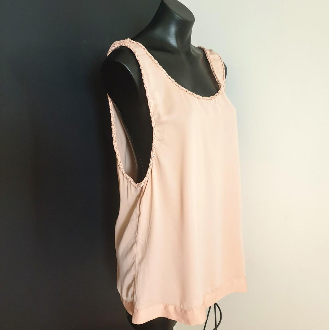 Women's size 14 'JUST JEANS' Gorgeous blush sleeveless cami top - AS NEW