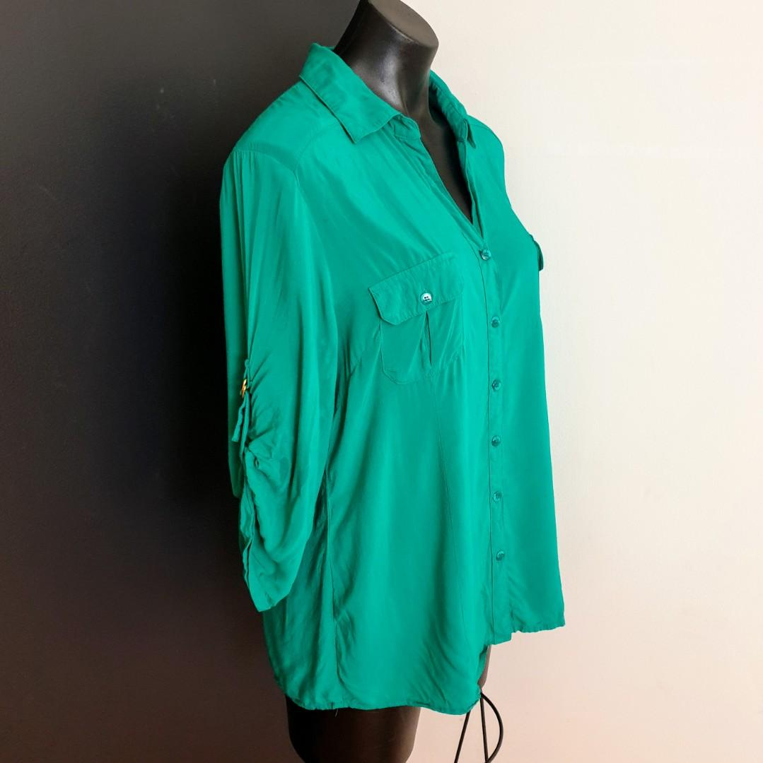 Women's size 14 'ROCKMANS' Gorgeous forest green button down shirt - AS NEW