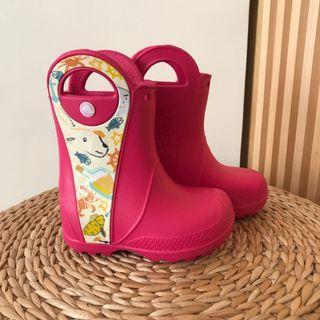 近全新crocs桃紅色雨鞋 c7/14cm