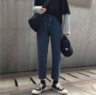 🚚 #全新# 九分牛仔褲 深藍
