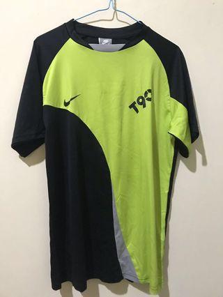 Kaos Olahraga Nike T90 Hitam Neon