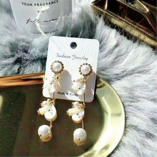 """Morning Bride'' Korean Earrings"