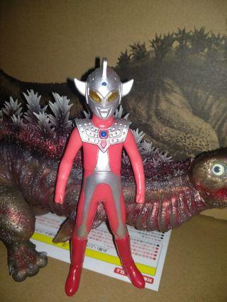 超人太郎细個 ultraman taro kid .i m love it