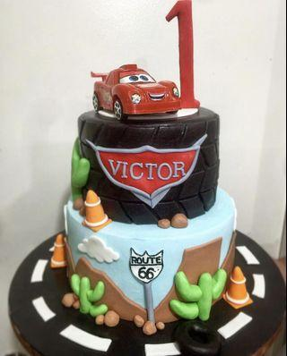 🚚 Disney Cars Themed Cake