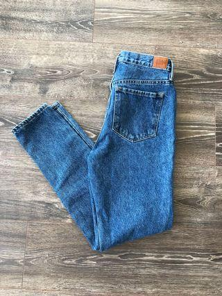 High Waisted BDG Jeans Size 27