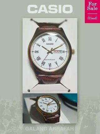 Jam Tangan Pria Casio MTP V006GL 7B original analog roman day date leather gold plated romawi tanggal kulit emas bekas