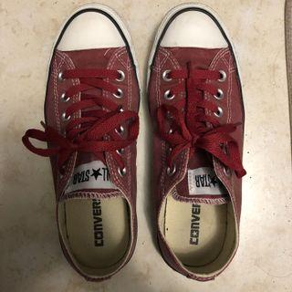 Red chuck Taylor's converse