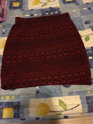 紅色圖案半截短裙