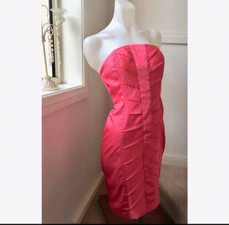Size 8: strapless coral dress