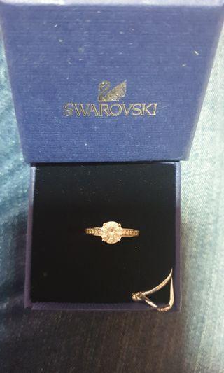 🚚 Swarovski Ring