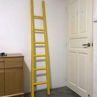 ⬇️Bamboo ladder in bright yellow