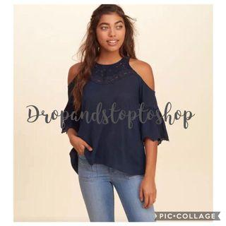 Hollister Top cold shoulder with lace!