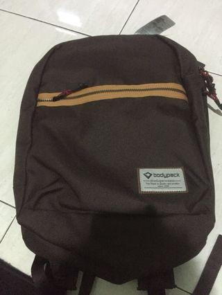 Dijual tas bodypack baru original (boleh nego)