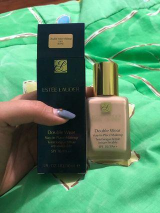 Estee Lauder Double Wear Foundation Stay in Place