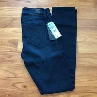 BNWT Guess Skinny Jeans