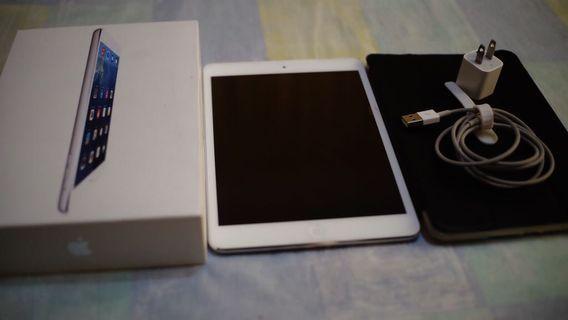 IPad mini2 wifi 16gb still looks like bnew