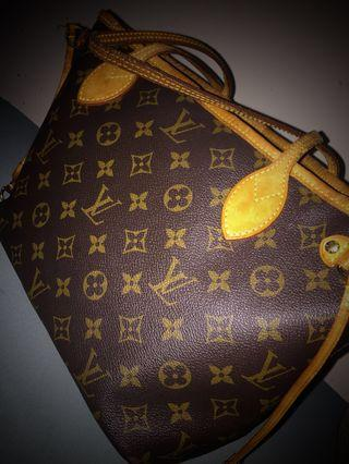 Louis Vuitton Neverfull in PM size