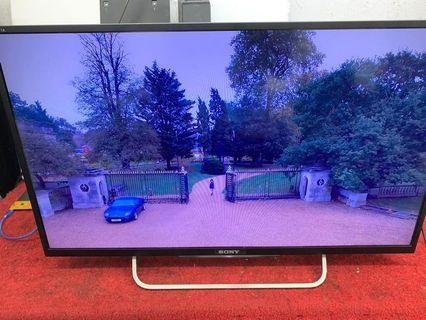 SONY 32吋 Smart tv KDL-32W700B