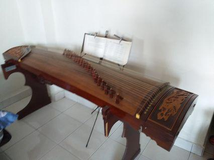 Guzheng 21 strings with dtand a d chair