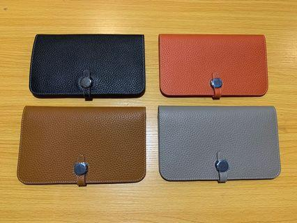 H Large wallet with mini clutch