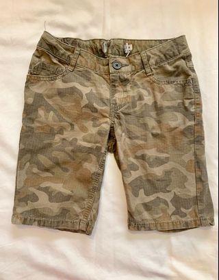 Camouflage Camo Shorts Bermudas sz m boys