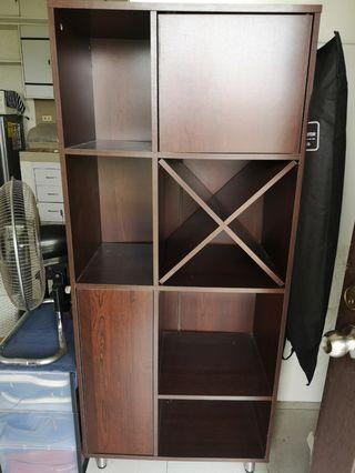 (New and unassembled) Display Cabinet