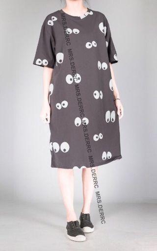 🚚 轉售 鹿西太太。棉混紡印花大眼睛長版休閒洋裝(咖灰)