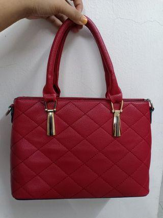 Preloved Red Handbag for Raya❤️👍