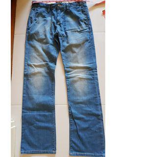 """New Straight Cut ESPRIT Jean's. 32"""""""