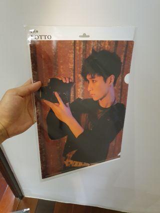 🚚 EXO成員 資料夾 正版 韓國購入