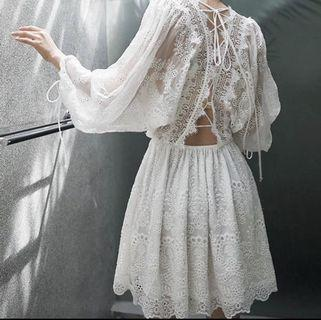 推介👍🏻夏曰白色悠閒短裙
