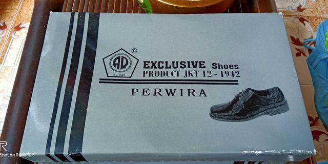 Sepatu PDH perwira