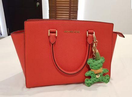 Michael Kors Bag selma big orange (on sale now!!!)