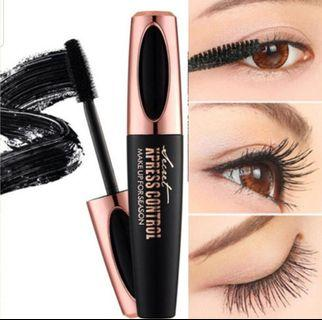 4D Mascara(for that longer&fuller lashes)