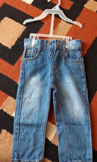 Celana jeans anak (unisex)